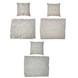 Liu Jo copriletto trapuntato matrimoniale estivo più 2 cuscini arredo in tessuto d'arredo made in Italy